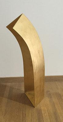 Acabado pan de ouro Uterqüe Qatar