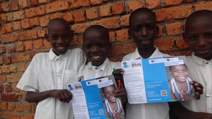 Mission Kongo e.V. - Die drei Jungs gehen schon seit Sommer 2015 zur Schule