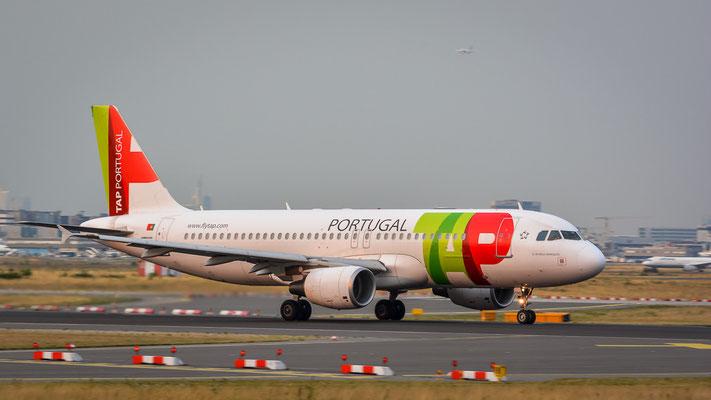 """Startbahn West / """"Affenfelsen"""" - CS-TNS beim Start (Airbus A320-214 // TAP Portugal)"""
