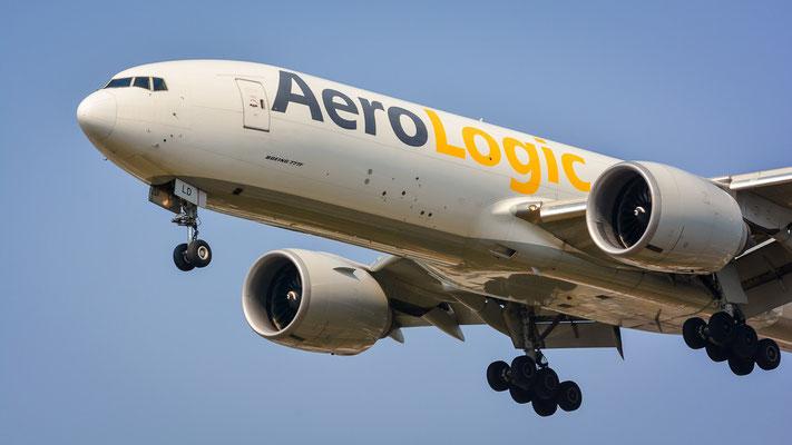 """Landebahn Nordwest """"Südpark"""" - D-AALD im Final aus Chicago kommend (Boeing 777-FZN // AeroLogic)"""