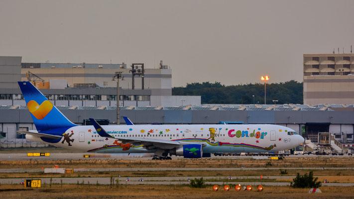 "Nordbahn / ""Affenfelsen"" - D-ABUE kurz vorm Start (Boeing 767-330(ER) // Condor (Heart for Children Livery))"