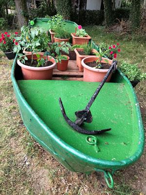 unser neues Kräuterboot - danke Mädel's
