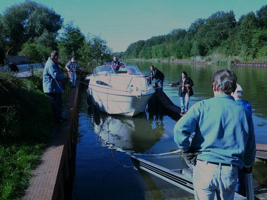 Boot für Boot kommt aus dem Wasser.....