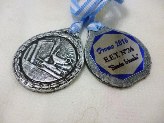Medalla Metal - Estudio