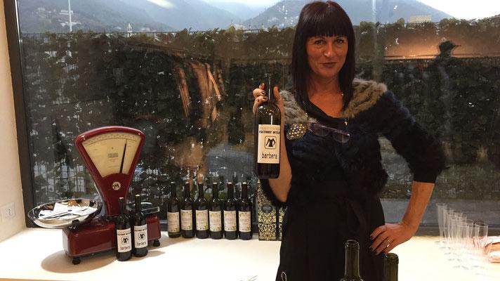 Il vino personalizzato per l'evento Black week end del 25 novembre 2017.