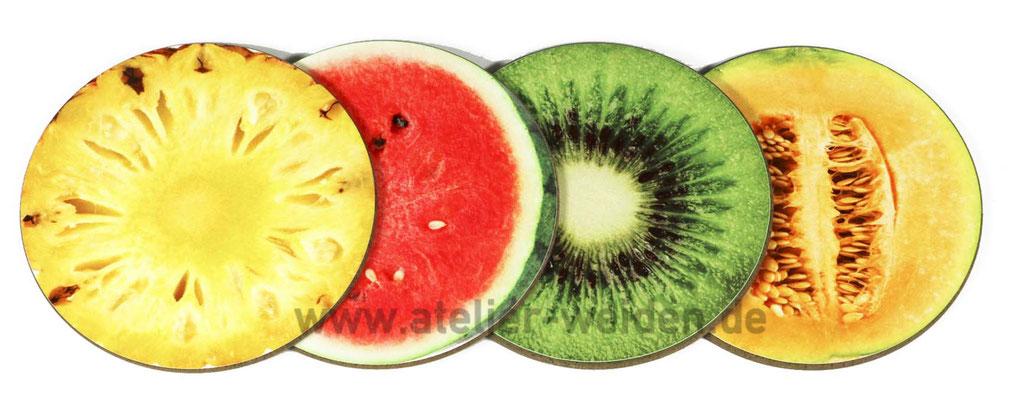 Untersetzer-Fruchtmix aus Ananas, Wassermelone, Kiwi und Zuckermelone