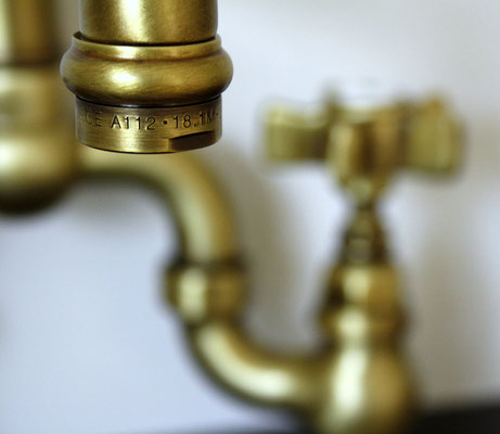 Nostalgie Brückenarmatur für die Küche, mit schwenkbarem Auslauf, Bronze
