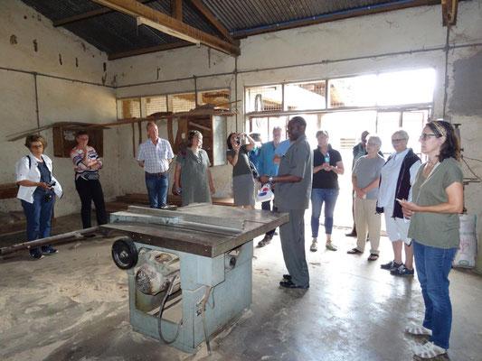 Besichtigung der Berufsschule VTC Moshi, wo wir auch wohnen.