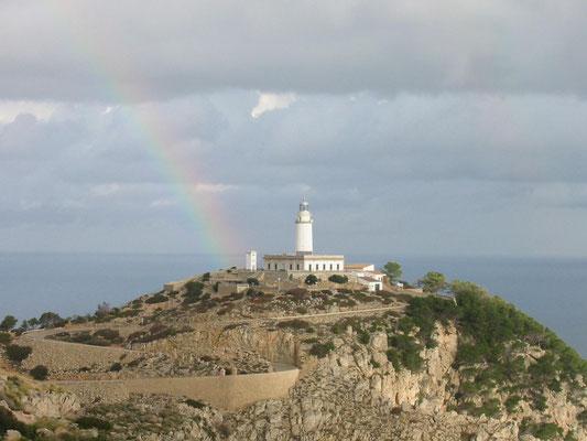 Der Leuchtturm auf dem Cap de Formentor, der nördlichen Spitze von Mallorca.