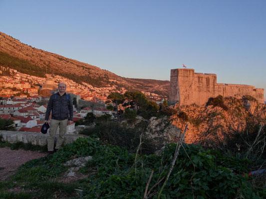 Dubrovnik im warmen Licht kurz vor Sonnenuntergang.