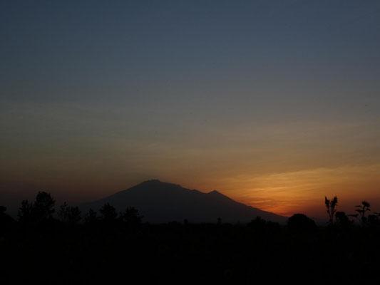 Sonnenuntergang am Mount Meru.