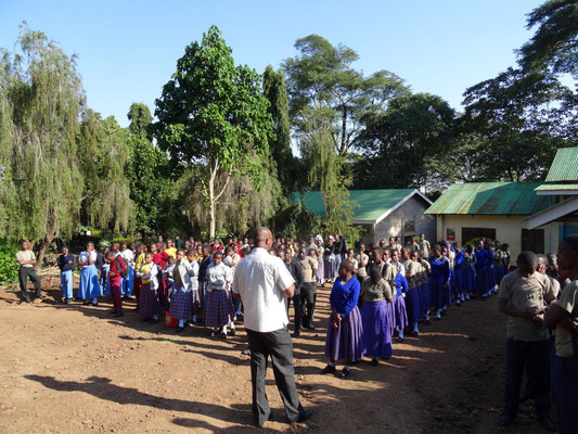 Versammlung der Schüler am Elternsprechtag.