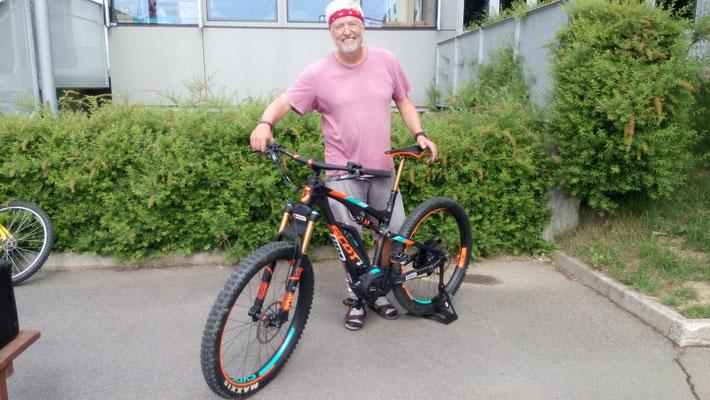 Rassiges E-bike zum Testen.