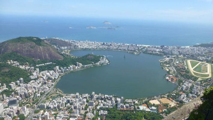 Blick vom Corcovado auf die Lagoa de Freitas