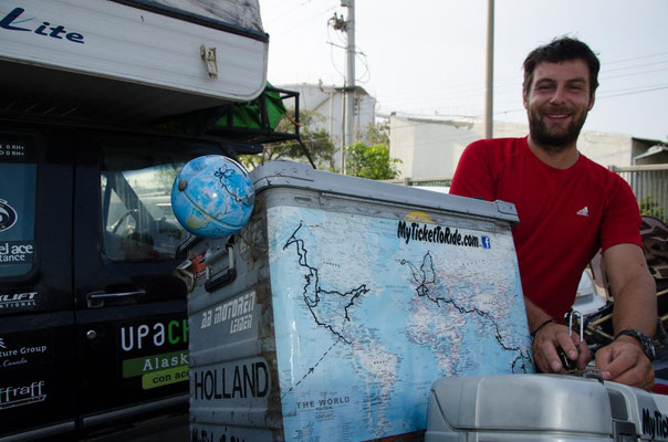 Roel aus den Niederlanden ist mit Motorrad unterwegs