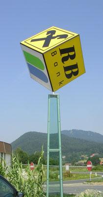 Projekt Raiba Maria Saal - 4seitiger Lichtaustritt mit Drehmotor