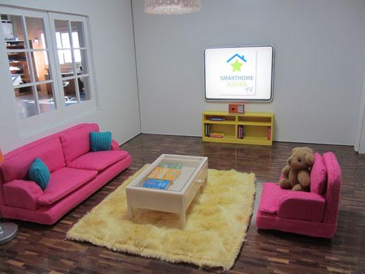 "Smart Home Modell Detail Wohnzimmer mit ""LED TV"""