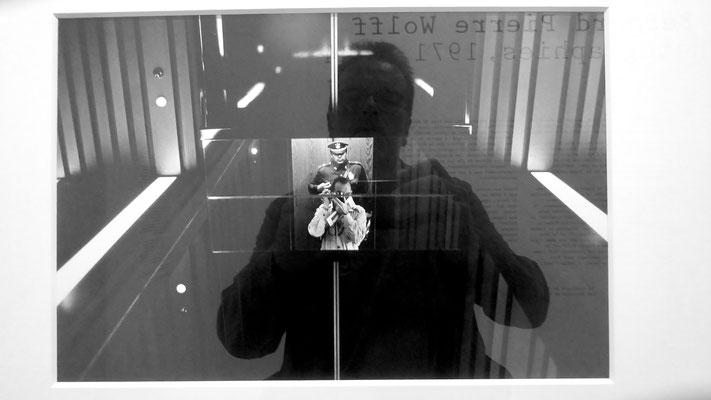 """Autoportrait, Photo Bernard Pierre Wolff,  Autoportrait Mexique 1976, Exposition """"Mémoire et Lumière, MEP, 75004 Paris, F"""