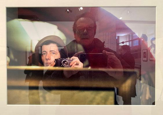 Autoportrait dans, Autoportrait Vivian Maier,  Exposition Vivian Maier, Galerie Les Douches, 75010 Paris, F,