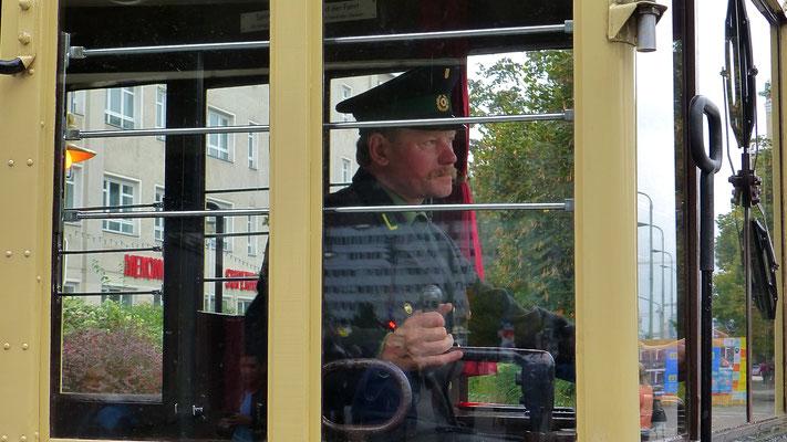 Conducteur, Ancien tramway, Alexander Platz, Berlin, D, P1050402
