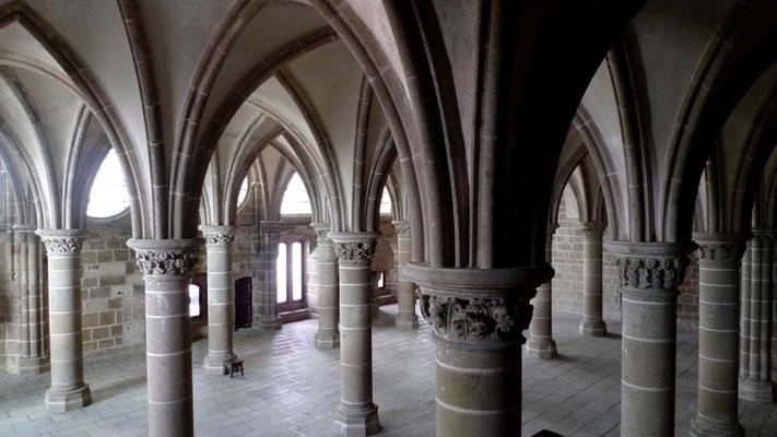 Salle des chevaliers, Abbaye du Mont Saint Michel, F,  P1150449.JPG