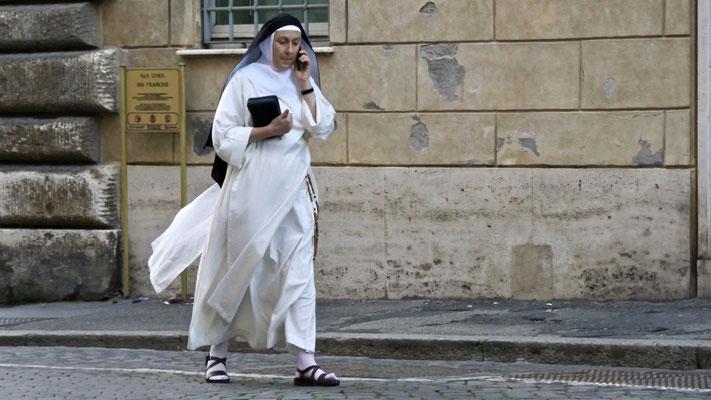 Religieuse, S Luigi d. Francesi, Rome, Italie, It,