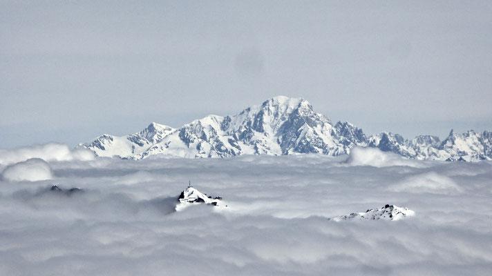 Le Mont blanc depuis La Chambre 2840m , Les Ménuires, Savoie, F,