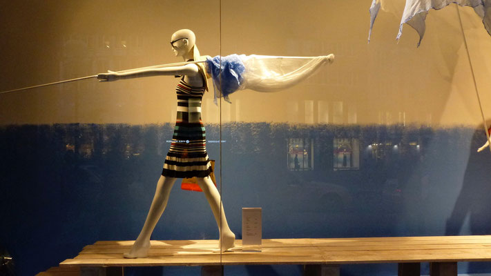Mannequin, Marienplatz, Munich, Germany, D,  P1010038.JPG (1).jpg