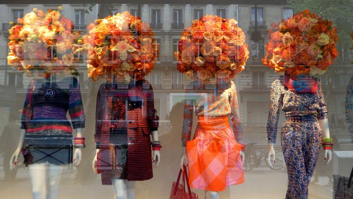 Mannequins, Le Printemps, Paris, F,  P1010995