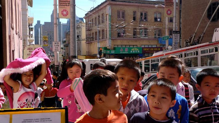 Ecoliers, Chinatown, San Francisco, California, Usa,  P1160777.JPG