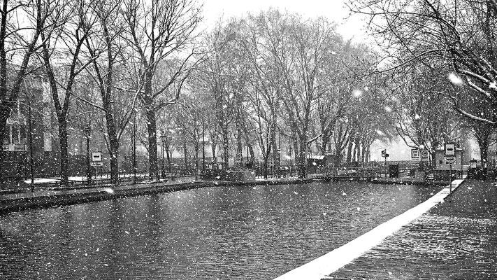 Neige, Canal Saint Martin, 75010 Paris, F,