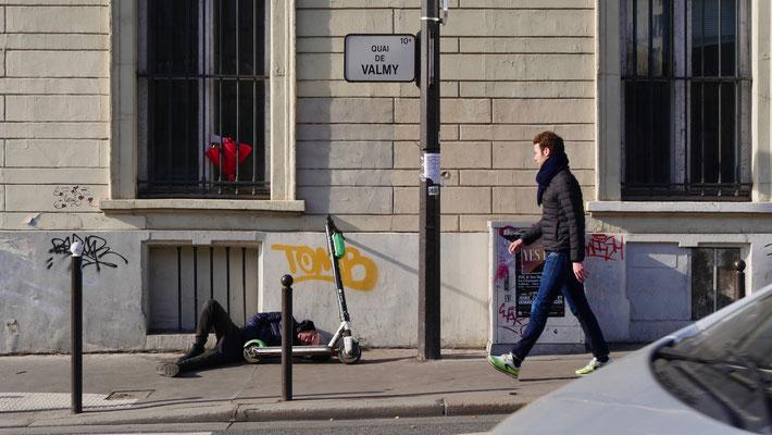 Trottinette, Canal Saint Martin, Quai de Valmy,  75010 Paris, F,