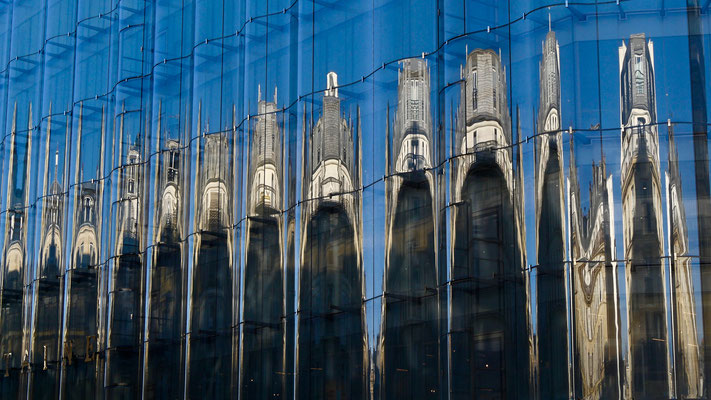 Reflets, immeuble  La  Samaritaine, 75001 Paris, F,