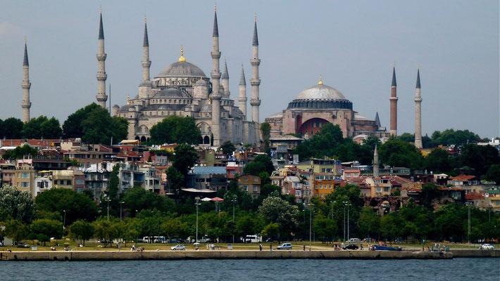 Blue Mosquée, Agia Sophia, from Ferryboat, Istanbul, Turquie, Tu,  P1020907.JPG
