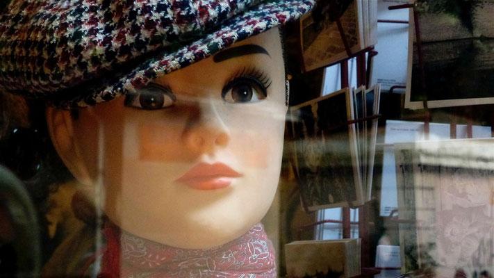 Mannequin, Brocante, Quai de Jemmapes, 75010 Paris, F,  P1000045.JPG