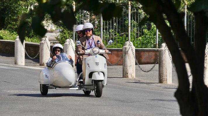 Scooter side car, Villa Médicis, V. d. Trinita del monti,  00187 Rome, Italie, It,