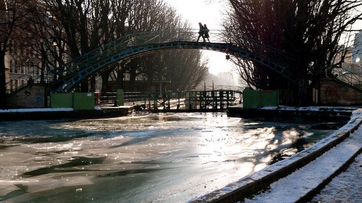 Glace,  Canal St Martin, Paris, F,  P1010679.JPG