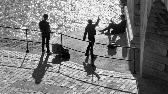 Répétition Théâtrale, Pont Sully, La Seine, 75004 Paris, F,