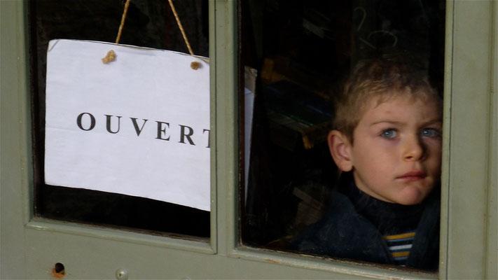Enfant, Porte Moulin de Flayosc, F,  P1030355