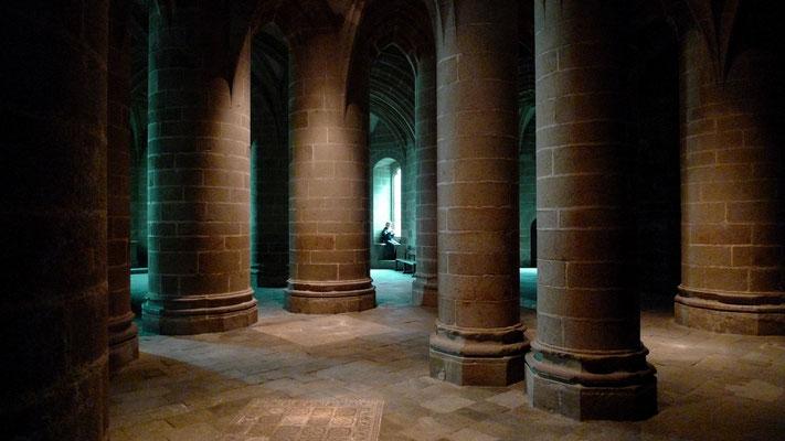 An', Crypte, Abbaye du Mont Saint Michel, F,  P1150440.JPG