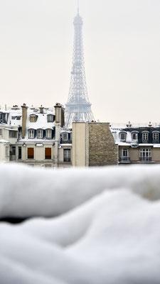 Tour Eiffel, Neige, rue de Bourgogne, 75007 Paris, F,