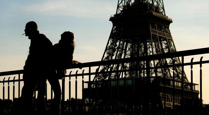 Couple,Passerelle Debilly,  tour Eiffel, Paris, F, 1637.JPG