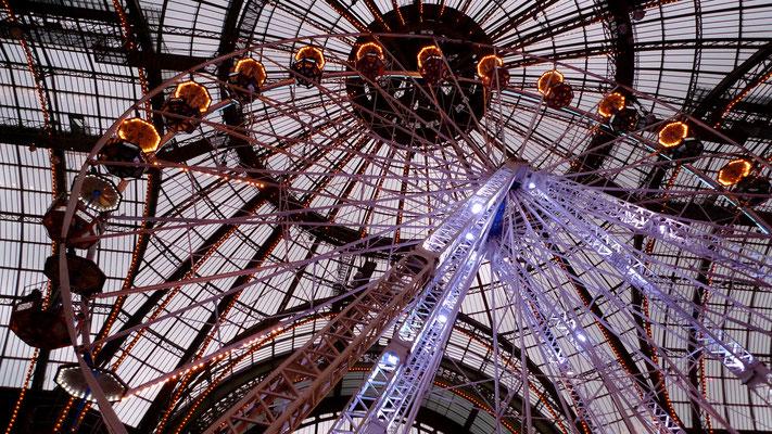 """""""Jours de fête"""", manèges, Grand Palais, Paris, F, .JPG"""
