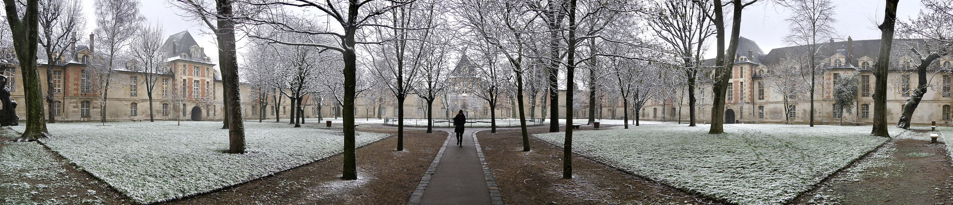 Panorama, Neige, jardin de l 'Hôpital Saint Louis, 75010 Paris, F,