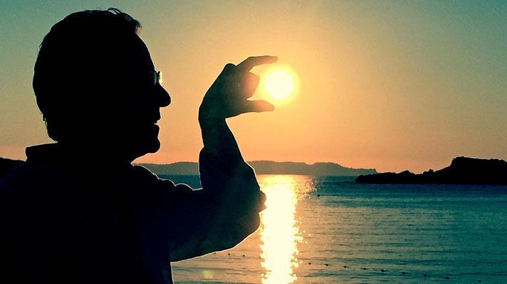 Alain, réglage soleil, Port Cros, F,  ©Mâ