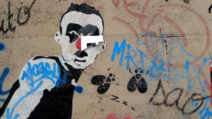 Graph clown, Point Ephémère, Paris, F,  P1010963.JPG