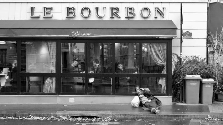 Homeless, Le Bourbon, Assemblée Nationale, 75007 Paris, F,
