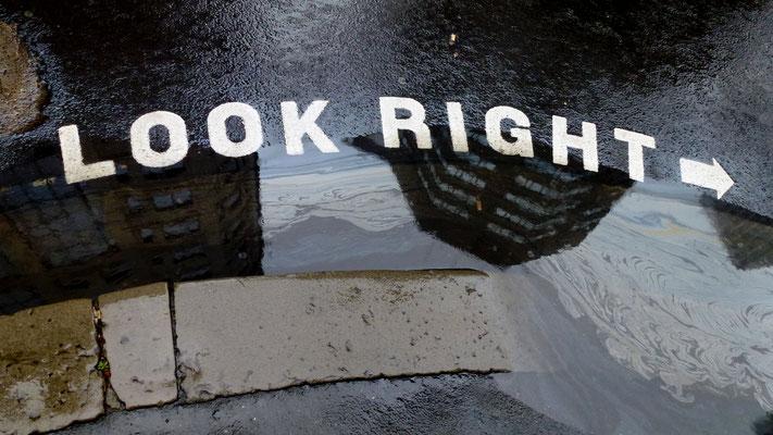 """Look right"",  Sydney, Australie, Aus, P1020564.JPG"