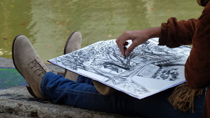 Dessinatrice, écluse, Quai de Valmy, Canal Saint Martin, 75010 Paris, F,  P1010205.JPG