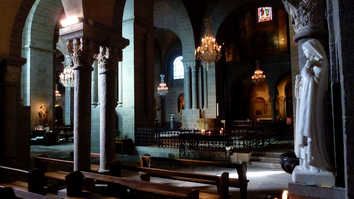 Cathédrale du Puy, Romane, 13eme, Le Puy en Velay, Auvergne, F,  P1000674.JPG